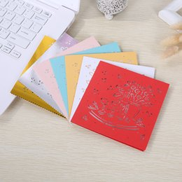 Wedding invitations papers online shopping - Hollow Invitation Card Double Sided Greeting Cards Creative Pearl Paper Wedding Decorate Supplies More Color Hot Sales ypC1