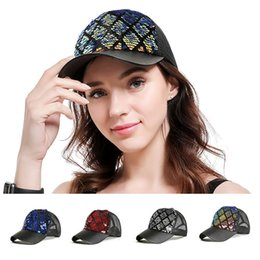sequin ball cap adjustable Australia - PiercingJ New 1pc Women Reversible Magic Sequin Baseball Cap Adjustable Mermaid glitter Mesh Trucker Baseball Cap Sun Hat