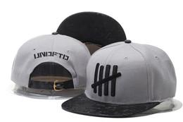 Top quality Undefeated 5 Strike Play Dirty Snapback Caps   Hats Snapbacks  Snap Back Hat Men Women Baseball Cap Sale 15c22803997d