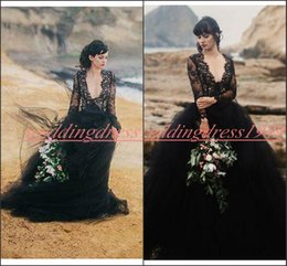 Robe gothic online shopping - Charming Long Sleeve Wedding Dresses Lace Gothic Black Tulle African Ball Gowns A Line Plus Size Bride Robe de mariée Bridal Dress