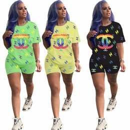 $enCountryForm.capitalKeyWord Australia - YX9126 explosion models women's cross-border hot sale 19 fashion printing letters sports short-sleeved shorts two-piece