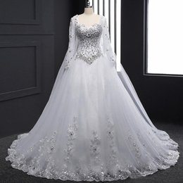 Discount watteau crystal wedding dresses - 2019 Luxury White Crystals Rhinestones Lace Plus Size Wedding Dress Long Sleeve Sweetheart Bridal Ball Gown with Watteau