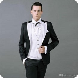 $enCountryForm.capitalKeyWord Australia - White Men Suits for Wedding Man Suits Groom Tuxedo Black Peaked Lapel 3Piece Slim Fit Groomsmen Blazers Gentle Costume Homme Evening Party