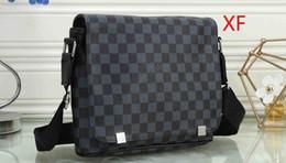 $enCountryForm.capitalKeyWord Australia - New Luxury Shoulder Bags Retro Rivets PU Leather Colorful Stripes Strap Designer Handbags Messenger Bag Small Clutch Crossbody Bag 01
