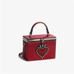 $enCountryForm.capitalKeyWord NZ - Designer Fashion Box Evening Bag Diamond Heart Clutch Bag Relief Handbag Banquet Party Purse Women's Shoulder