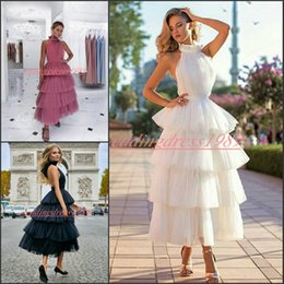 $enCountryForm.capitalKeyWord NZ - Stunning Backless Tiered Tea Length Short Prom Dresses Pleated Tulle Plus Size Formal Gowns Robe De Soiree Party African Evening Dresses