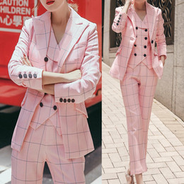 lady tuxedos NZ - Spring Pink Check Mother of the Bride Suits Ladies Formal Party Evening Suit Work Wear Casual Women Tuxedos Guest Wedding Outfits