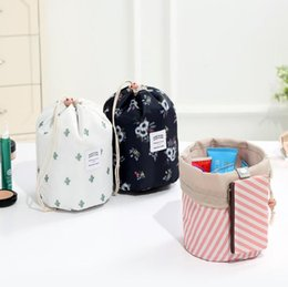 GaraGe door tools wholesale online shopping - 7 Styles Geometric Printed Barrel Shaped Cosmetic Bags Cartoon Storage Bag Unicorn Drum Washable Makeup Organizer Pouch CCA10940
