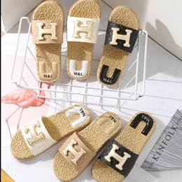 Wholesale 2019 New fashion wear outside wheat type non slip soft bottom word sandal shower bathroom floor home ladies slippers