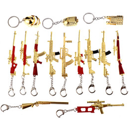 $enCountryForm.capitalKeyWord Australia - Game PUBG Playerunknown's Battlegrounds Cosplay Weapons Gum Model Keychain Metal Alloy Key Ring Key Holder 12cm For Souvenir