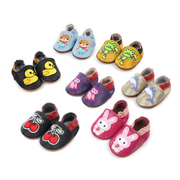 BaBy raBBit cartoon online shopping - New Cartoon Baby Moccasins Genuine Leather Anti slip Soft Sole Bear Rabbit Cherry Shoes Infant First Walkers Designer Baby Shoes M