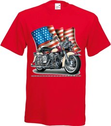 Red Bike Chain UK - T Shirt in Red Tones with Biker & Old Schooldruck Model Shovel Bike Flag Chain