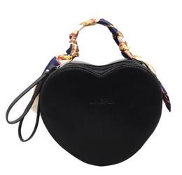 $enCountryForm.capitalKeyWord UK - New fashion trend in spring: ladies'bags, peach hearts, small bags, individual silk scarves, handbags, one-shoulder sloping bags