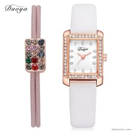 Duoya Brand New Arrivals Cinturino in pelle da donna Guarda Quarter Wristwatch Place Diamond Hair Bands Orologi da donna Dy180