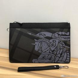 $enCountryForm.capitalKeyWord NZ - New Men S Hand Holding Briefcase High-end Luxury Leather Bag Fashion Wild Men S Designer Bag Black Number: 9387.