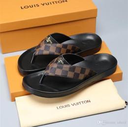 Tiger Slippers Australia - 2020 NEW Italy Men Sandals Designer Shoes Blooms Tiger Bees Snake Luxury Slide Summer Flat Thick Sandals Slipper Flip Flop