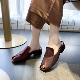 $enCountryForm.capitalKeyWord Australia - New Fashion Flip Flops Women Sandals Soft Leather Flat With Shoes Peep Toe Sandals Women's Slippers Women Flats Plus Size 35-40