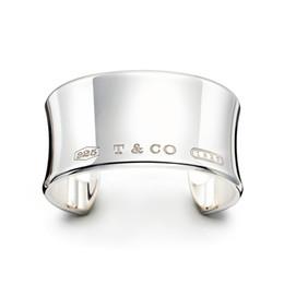 $enCountryForm.capitalKeyWord Australia - High Quality Celebrity design 925 Silverware Silver Chain bracelet Women Letter Clover Wide bracelets Jewelry With dust bag Boxd7f4#