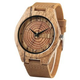 brown gift tags UK - Creative Brown Bamboo Growth Ring Natural Handmade Men Quartz Wrist Wooden Watches Genuine Leather Band Men's Clock Gifts