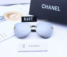 62e226fef8 Gafas de sol de lujo Gafas de sol para mujer Elegante marca Sunglass  Diseñador de moda de verano con caja El mismo estilo con estrella