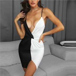 Wholesale Womens Sexy Dress Black and White Colorblock Strap V neck Tight Skirt Bodycon Dresses Fashion Sexy Style Asian Size S XL