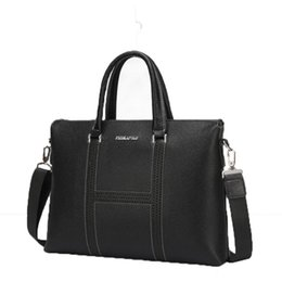Mens Large Leather Travel Bags Australia - High Quality Genuine Leather Men Briefcases Business Computer Laptop Bags Travel Large Crossbody Bags Mens Messenger Bag #786920