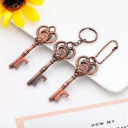 $enCountryForm.capitalKeyWord NZ - Bottle Opener Keychain shaped zinc alloy Silver Color Key Ring Beer Bottle Opener Unique Creative Fast Shipping