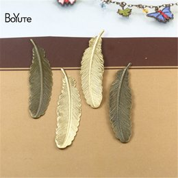 $enCountryForm.capitalKeyWord NZ - BoYuTe Wholesale (50 Pieces Lot) Metal Brass Stamping 52MM Feather Diy Hand Made Jewelry Accessories Materials