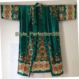 Make kiMono online shopping - 2014 New Style Silk Rayon Bathrobe Hot Sale Lady s Silk Kimono Hand Made Painted Kaftan Robe Gown Flower XS01
