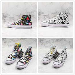 $enCountryForm.capitalKeyWord Australia - Painted Graffiti Triangle Star 100 GEOMETRIC High Cut Canvas Shoes for Men Women Casual Outdoor Black White Shoes Designer Sneaker