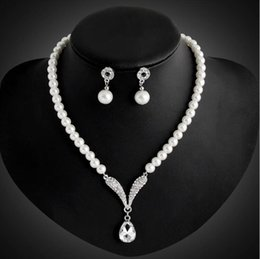 $enCountryForm.capitalKeyWord Australia - Bride Wedding Jewelry Silver Plated Tear Drop Pearl Rhinestone Crystal Bridal Necklace Studs Earrings Jewelry Set Women Party Jewelry Gift