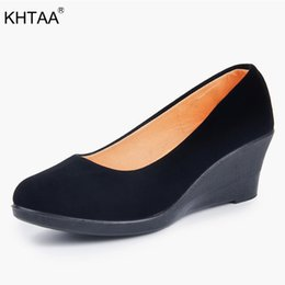 Comfortable Soft Women Shoes Australia - Designer Dress Shoes Spring Autumn Women Wedge Breathable Flock Soft Female Shallow Pumps Slip On Casual Retro Black Comfortable Ladies