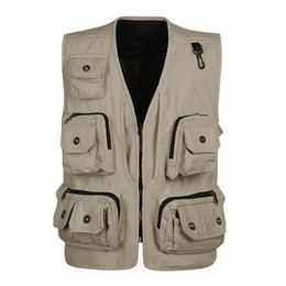 $enCountryForm.capitalKeyWord Australia - 2019 Spring and Autumn New Multi-Pocket Men's Vest Professional Work clothes   Photography   Outdoor Fishing Copper Buckle Vest