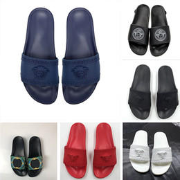 Venta al por mayor de 2019 Reacción en Cadena Diseñador de moda Diapositivas Zapatillas Para Hombres Mujeres Medusa Sandalias Mujer de lujo al aire libre Fiesta en la playa zapatos casuales