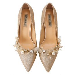 Gold hiGh pumps online shopping - 2019 Fashion Sparkling Gold Sequins Wedding Shoes Comfortable Designer or cm High Shoes Silk eden Heels for Evening Party Prom Shoes