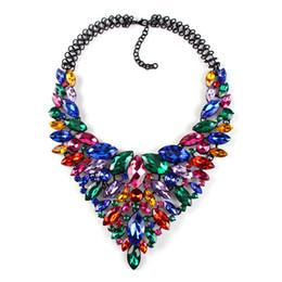 3792da5ce762 Gemas de colores Grandes Maxi Collares Para Las Mujeres de moda Nuevo Lujo  Nupcial Collar de Joyería de Declaración Gargantilla Collares Colgantes  CE3954
