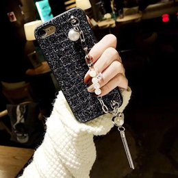 Discount iphone heart phone cases Fancy pearl heart chain bracelet glitter phone case For Samsung galaxy j2 j3 j5 j7 j4 j6 a5 a6 a7 a8 2017 2018 prime plu