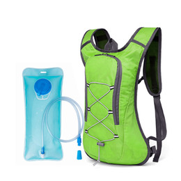 Discount packing containers - Outdoor Sports Camelback 2L Water Bag Hydration Backpack For Camping Hiking Riding Cycling Camel Bag Water Bladder Conta