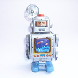 Figure Walk Australia - [TOP] Classic collection Retro Clockwork Wind up Metal Walking Tin Toy The astronaut robots Mechanical kids christmas gift