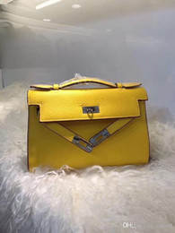 $enCountryForm.capitalKeyWord Australia - 2019 hot women's platinum handbag, ladies lychee leather clutch, fashion solid color handbag, detachable shoulder strap shoulder bag, top co