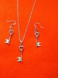 Heart Key Dangle Australia - Untie Your Heart Key Necklace Earrings Set Tibetan Silver Pendant Lucky Dangle Women Charm Fashion Party Friendship Gift Jewelry Accessories