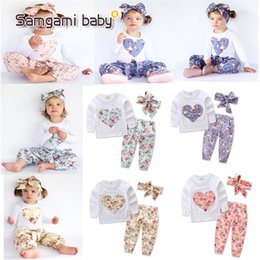 Three Piece Suit Bow Australia - 4 Colors Ins Baby Girls floral outfits Clothing Sets love Heart Applique top + pants Bow headwear Three pieces Children Suit boutique cloth