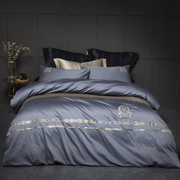 King duvet cover sets grey online shopping - 100 Cotton percale bedding sets silver grey duvet cover set delicate embroidery satin bed linen euro double cm King