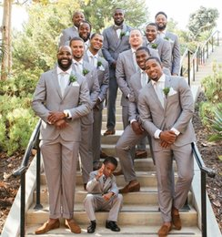 Gray Suit White Tie Australia - Gray Groomsmen Tuxedos Harringbone Mens Wedding Suits Fashion Prom Suit Two Piece Suit (Jacket+Pants+Tie)