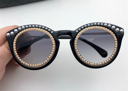 8fe5775f398 New fashion designer sunglasses 5889 Pearl cat eye frame Avant-garde  trendstyle light decorative glasses uv400 protection eyewear