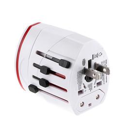 Все в один Universal World Travel AC Power Мультистандартная адаптер EU Великобритании AU США с 2 USB Белый / черный цвет на Распродаже