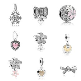 Wholesale 11 Style Bowknot Daisy Heart Snowflake Alloy Charm Bead Silver Plated Fashion Women Jewelry Stunning European Style For Pandora Bracelet
