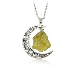 $enCountryForm.capitalKeyWord Australia - Wholesale Natural Stone Moon Long Chain Pendant Necklace Statement Vintage Handmade Gold Color Folwer Necklace necklaces for Women Jewelry