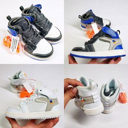 $enCountryForm.capitalKeyWord Australia - Jointly Signed OG 1s off Kids Retro Basketball shoes Chicago 1 Infant youth Boy Girl Toddlers white Born Baby Trainers Children footwear