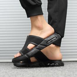 $enCountryForm.capitalKeyWord Australia - 2019 Ins Fashion Men Beach Sandals Flat Cool Brand Male Shoes Casual Mens Sandals Black Non-slip Thick Sole A1252